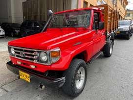 Toyota Estacas Original
