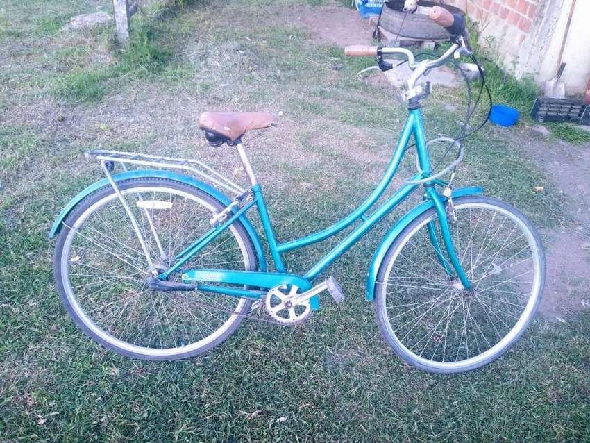 Bicicleta de paseo con cambio 0