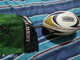 Rugby casco y balón