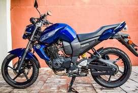 Vendo Yamaha Fz16 mod.2015 - papeles al dia