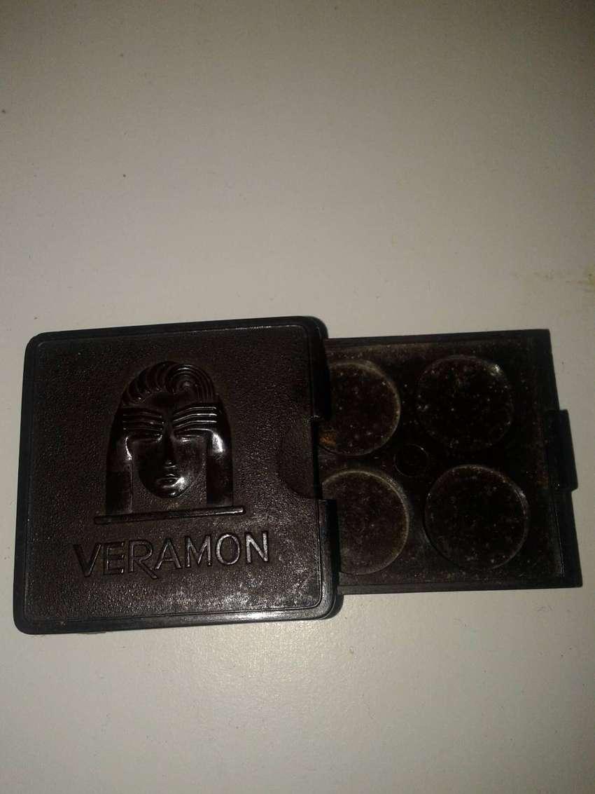 caja baquelita VERAMON guarda 4 pastillas 0