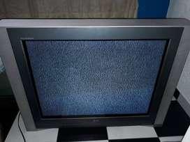 TV de 32 marca LG FLATON