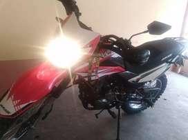 Vendo moto marca Dukare. 850 kilómetros