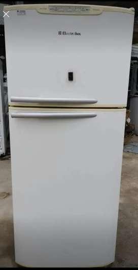 Refrigeradora Electrolux perfecto estado