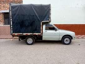 Camioneta en buen estado  estacas  motor 1600 bloqueo seguro  y tecno para abril del otro año