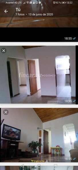 Se vende Apartamento con terraza piso en Conjunto Cerrado negociables