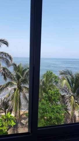 Apartamento con vista y acceso al mar