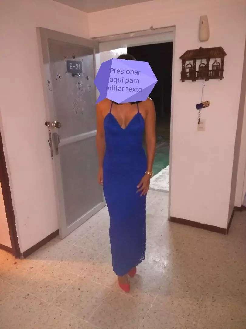 Hermoso vestido azul... Talla M..$ 50.000 0