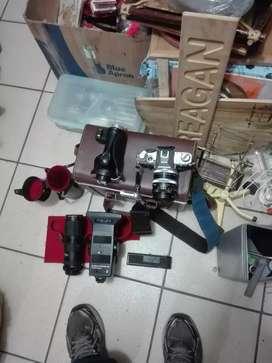 Canon at 1 con lentes
