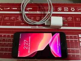 Se vende iphone 7 de 32 gb en perfecto estado