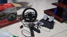 Vendo timón o volante para Playstation 3 también sirve para Pc Computador