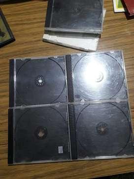 Lote de 25 Cajas P/cd usadas Buen Estad