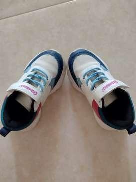 Vendo zapato de niña usados