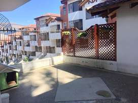 ARRIENDO CASA EN SANTA LUCIA 4 HABITACIONES 336M2 COD 63-48