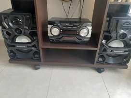 Vendo equipo de sonido Panasonic ak600
