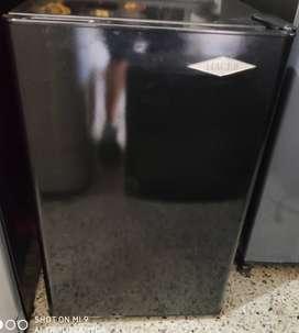 Minibar Haceb No reparada