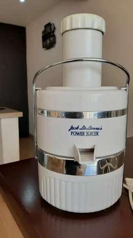 Extractor de jugos jack lalanne cl-003ap blanco.