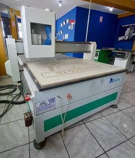 RUTEADORA CNC