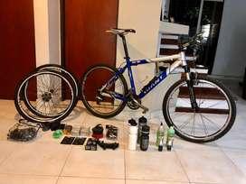 Giant XTC SE + Equipamiento Full para ciclismo