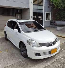 Nissan Tiida HB Premium 1.8cc (El mas Equipado)