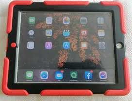 iPad 2 Libre A1396 De 64gb Con Puerto De Sim, 2 Cables y Cubo Originales
