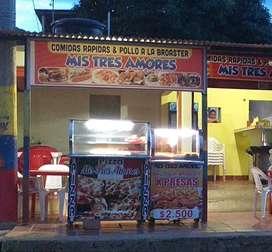 Vendo casa esquinera con negocio de comidas rápidas