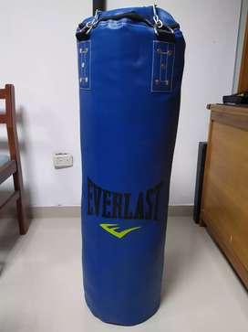 Saco de boxeo Everlast nuevo
