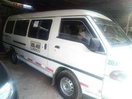 Vendo Hyundai h100 año 2004. Capacidad 14 pasajeros.