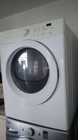 Almacenista para agencia de lavanderia