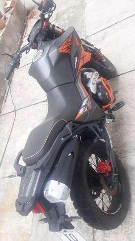 Vendo Moto DAYTONA TAKEN 250