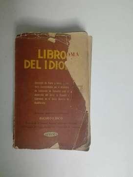 Libro del idioma antiguo
