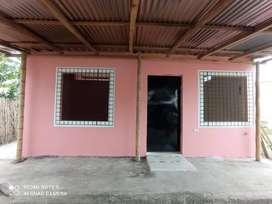 Casa de arriendo completamente urbanización Rodrigo