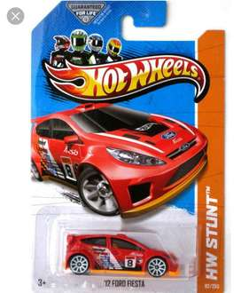 Hot Wheels 12' Ford Fiesta varios