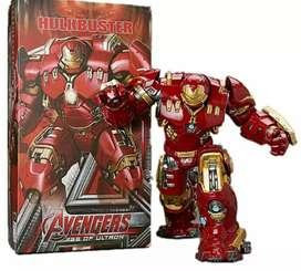 Vendo figura hulkbuster en caja