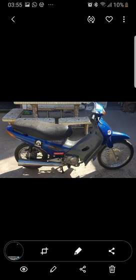 Vendo honda biz model 2000