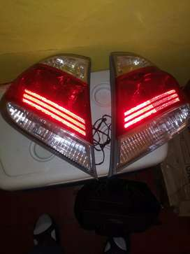 LAMPARAS TRASERAS P/TOYOTA CAMRY 2005