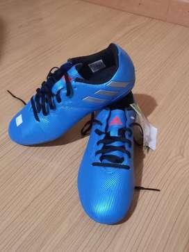 Guayos Adidas Messi 16.4