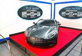 Aston Martin DB11 - autos a escala - carros de colección