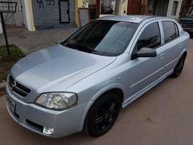 Vendo Astra 2008