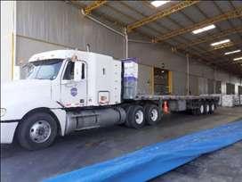 Tracto freightliner engachado $ 55000