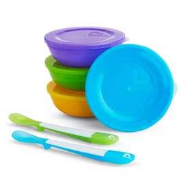 Set de bandejas y cucharas