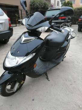 Vendo moto SUSUKI CON SOAT 1 AÑO