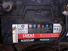 Vendo batería de auto marca Lucas de 12v  60 amp
