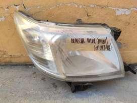 Optica Der Toyota Hilux Con Detalle- Original