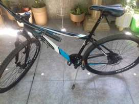 Vendo Bicicleta Mountain bike rod 29 marca Teknial