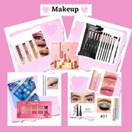 Variedad de maquillaje
