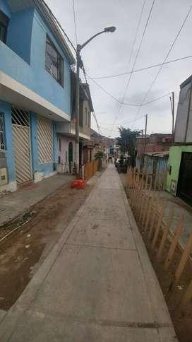 VENDO CASA DE 2 PISOS EN MI PERU