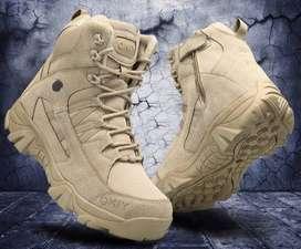 Venta de botas de cuero estilo militar para senderismo