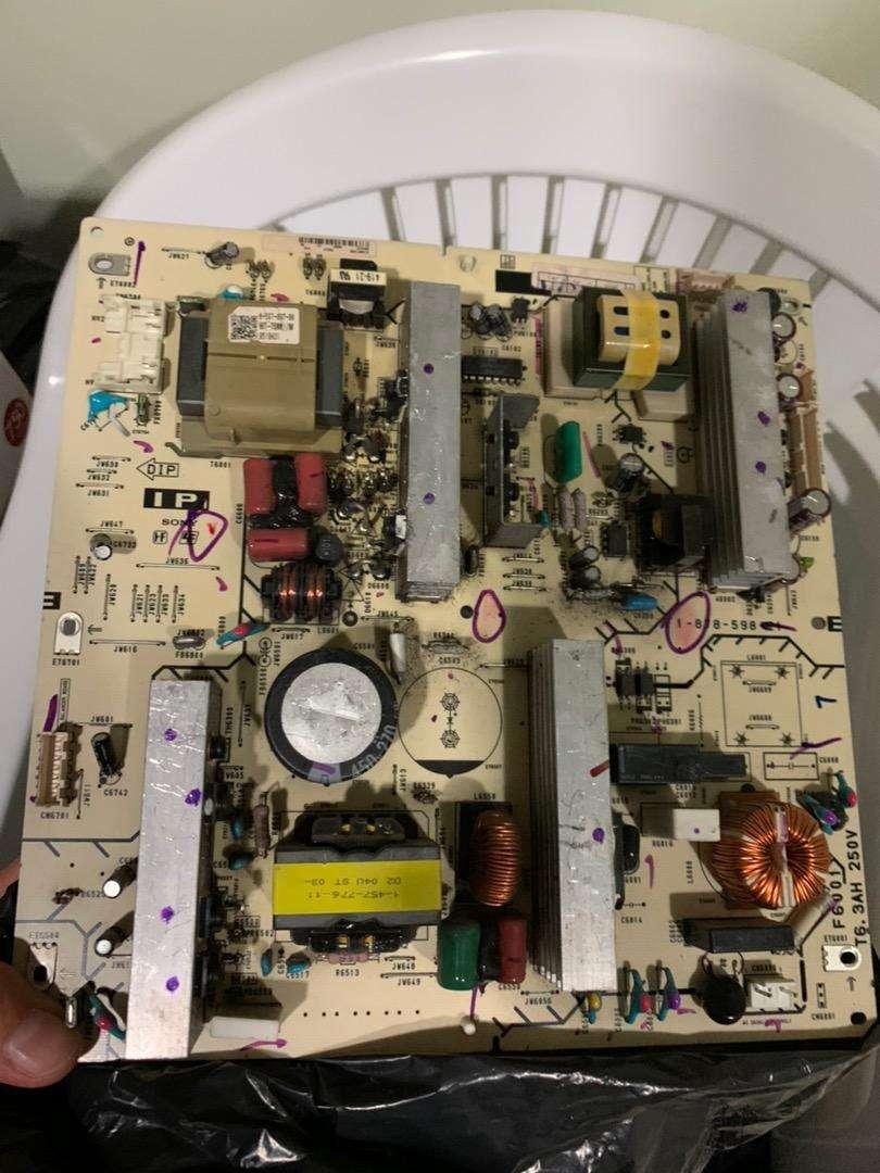 Tarjeta reguladora sony bravia 40kdl51V00 0