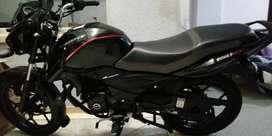 Se vende moto discovery con papeles al día